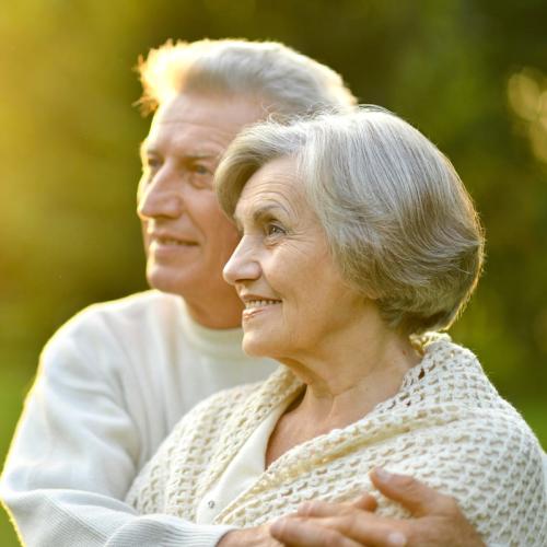 Glückliche Senioren - OMEGA Pflegeservice